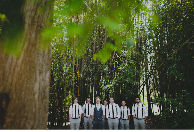 green groomsmen photos